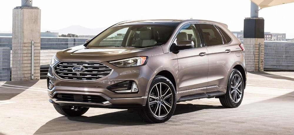 2019 Ford Explorer Edge Versus